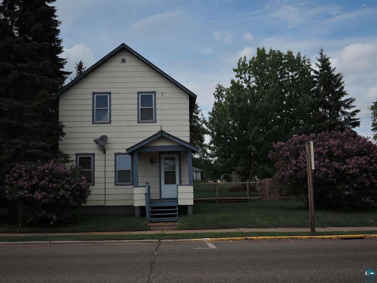 703 Bayfield St
