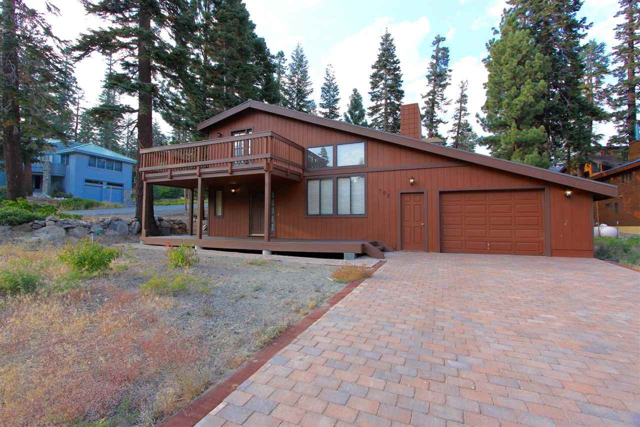 702 Lakeview Blvd, Mammoth Lakes, CA 93546