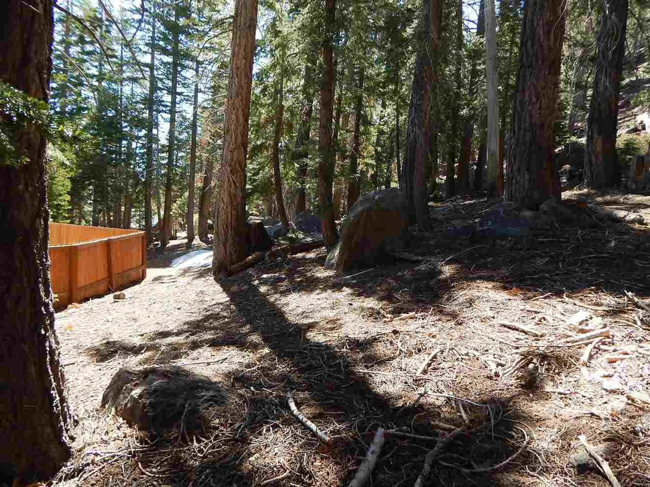 291 Woodman St, Mammoth Lakes, CA 93546