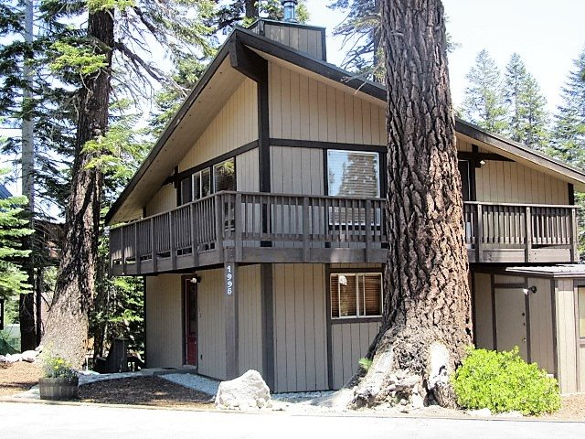 1995 Forest Trail, Mammoth Lakes, CA 93546