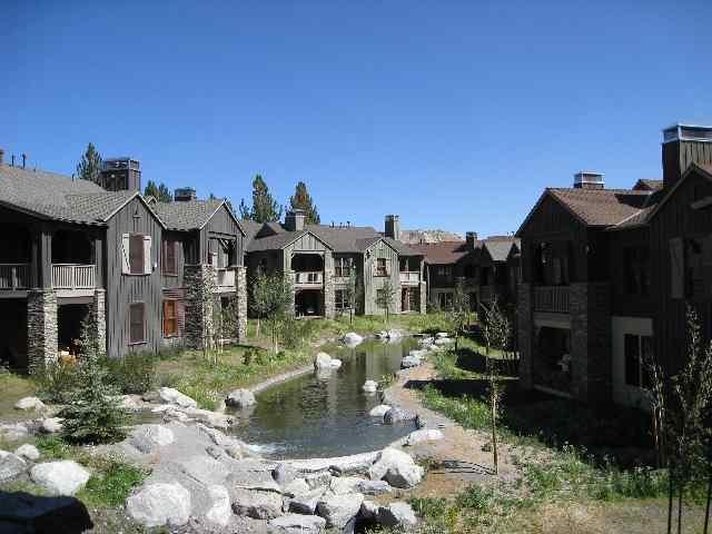 1138 Pyramid Peak Drive, Mammoth Lakes, CA 93546