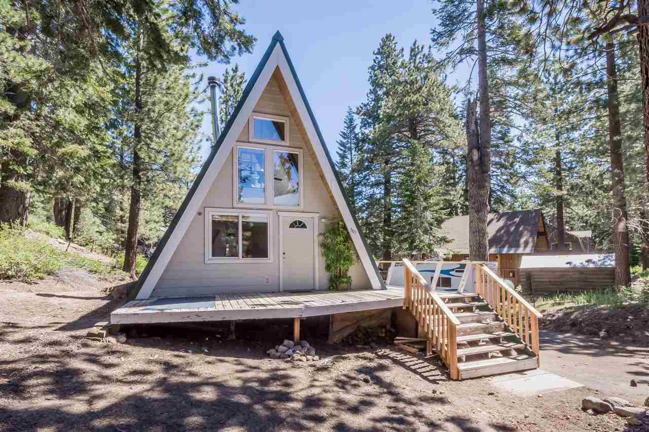 389 Pinecrest Avenue, Mammoth Lakes, CA 93546