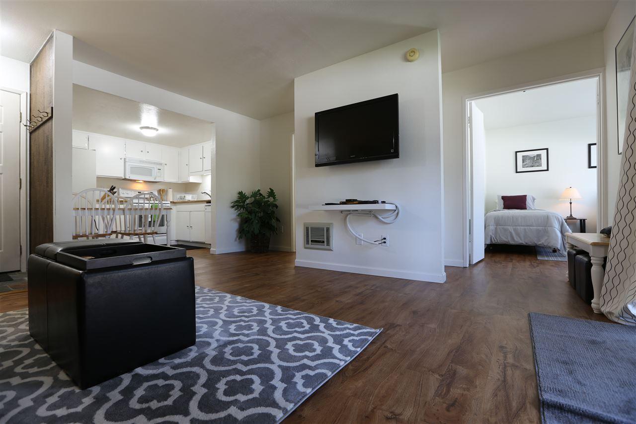 167 Meadow Lane, Mammoth Lakes, CA 93546