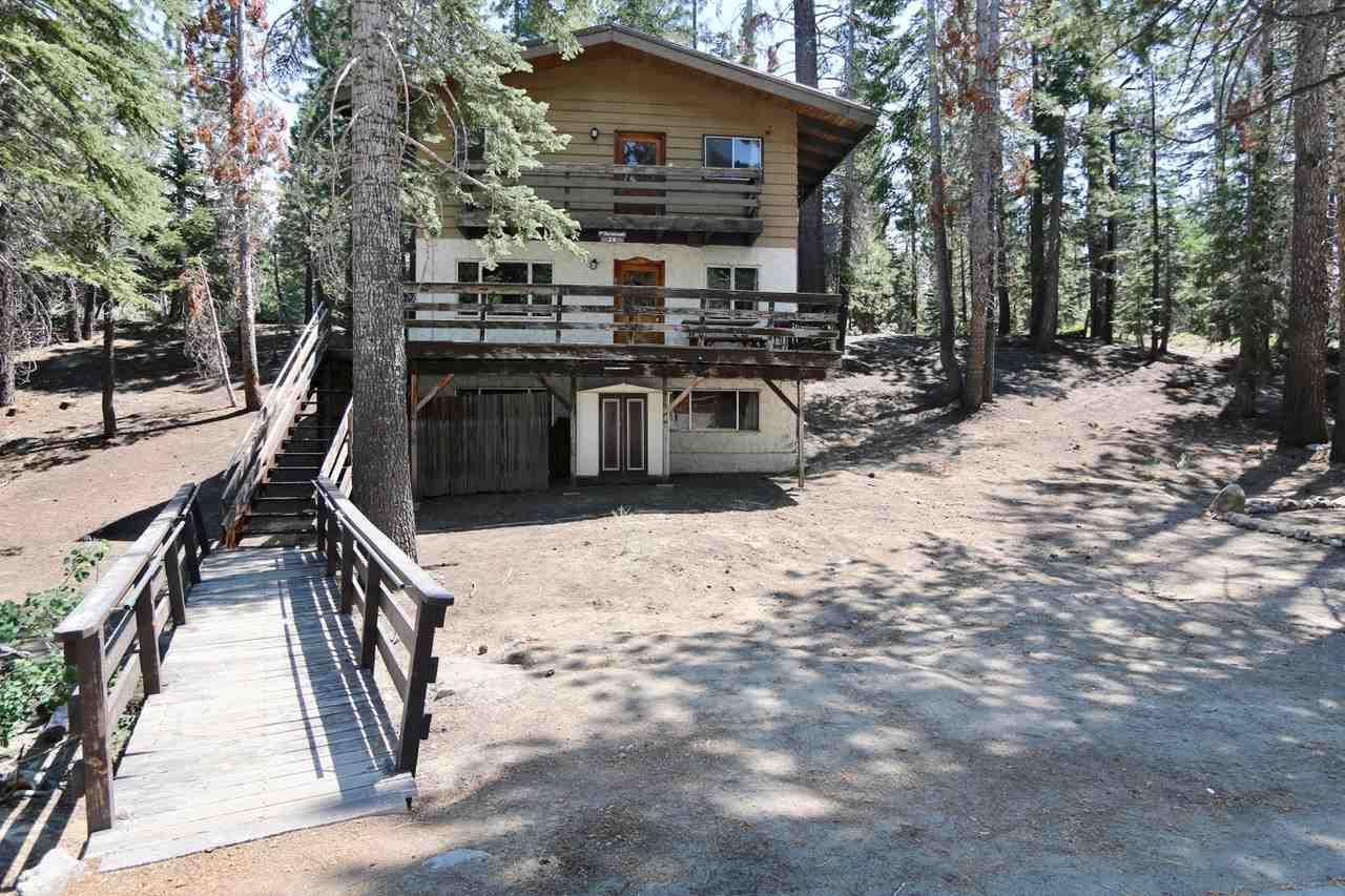 25 Berner St., Mammoth Lakes, CA 93546