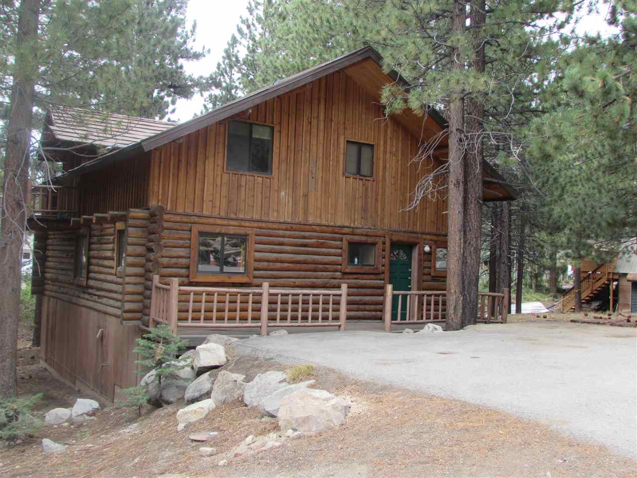151 Pinecrest, Mammoth Lakes, CA 93546
