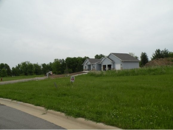 DRUMLIN LOOP DRUMLIN LOOP Unit 32 Ripon, WI 54971 - MLS #: 50101584