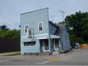 Photo of home for sale at 111 S WASHINGTON Street WASHINGTON S, Shawano WI
