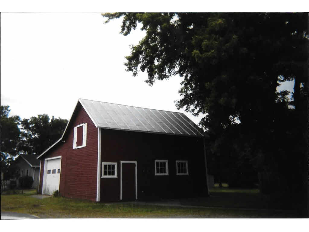 Photo of home for sale at 420 W MAIN Street MAIN W, Weyauwega WI