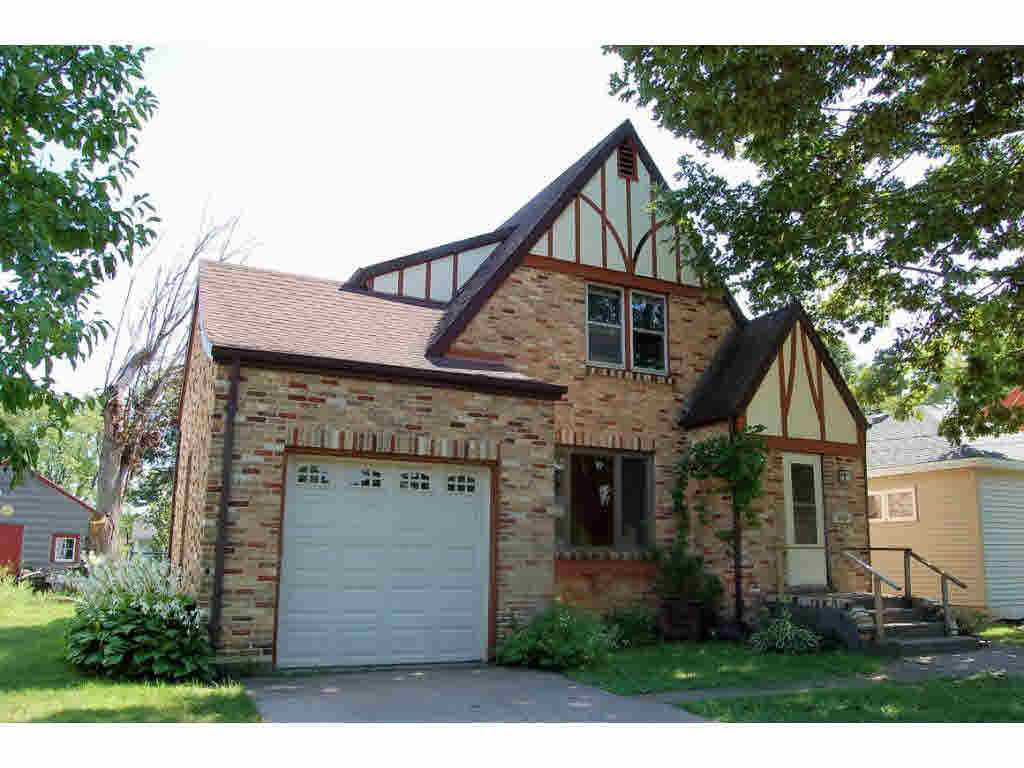 Photo of home for sale at 126 MCKINLEY Avenue MCKINLEY, Clintonville WI