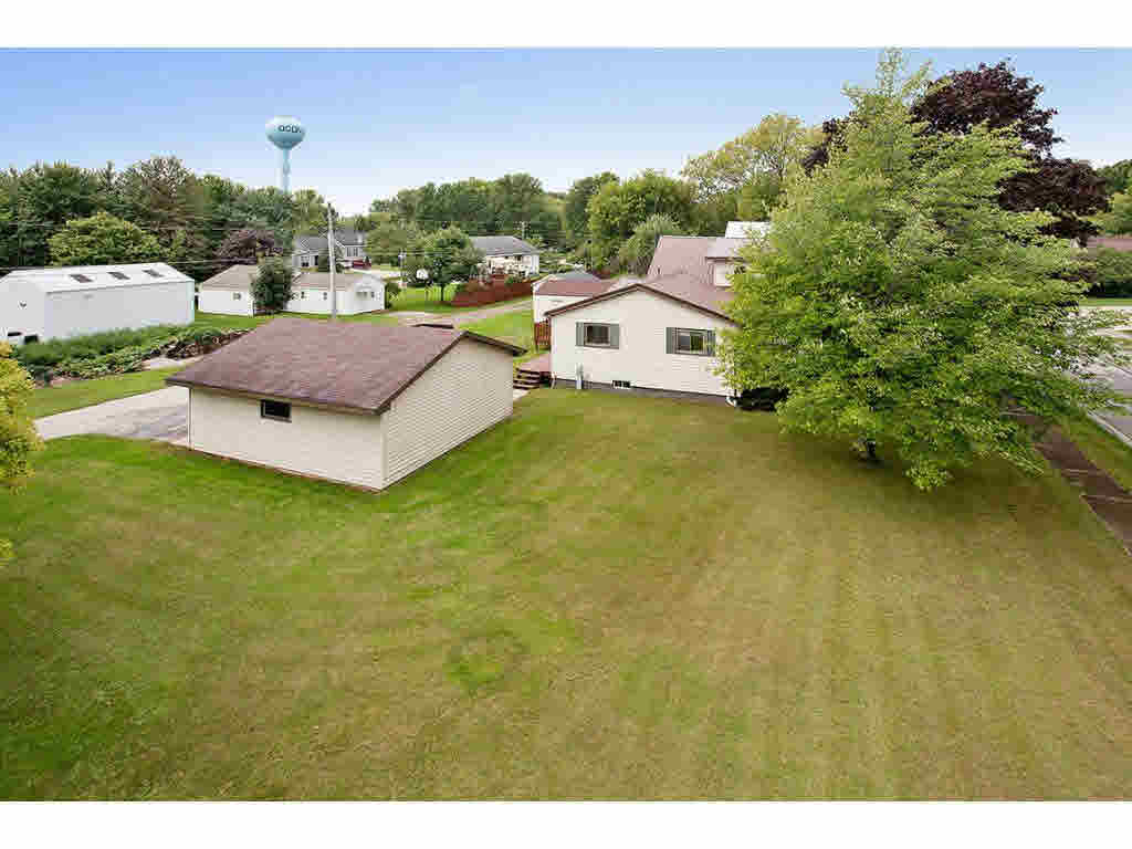 Photo of home for sale at 120 5TH ST 5TH ST, Oconto WI