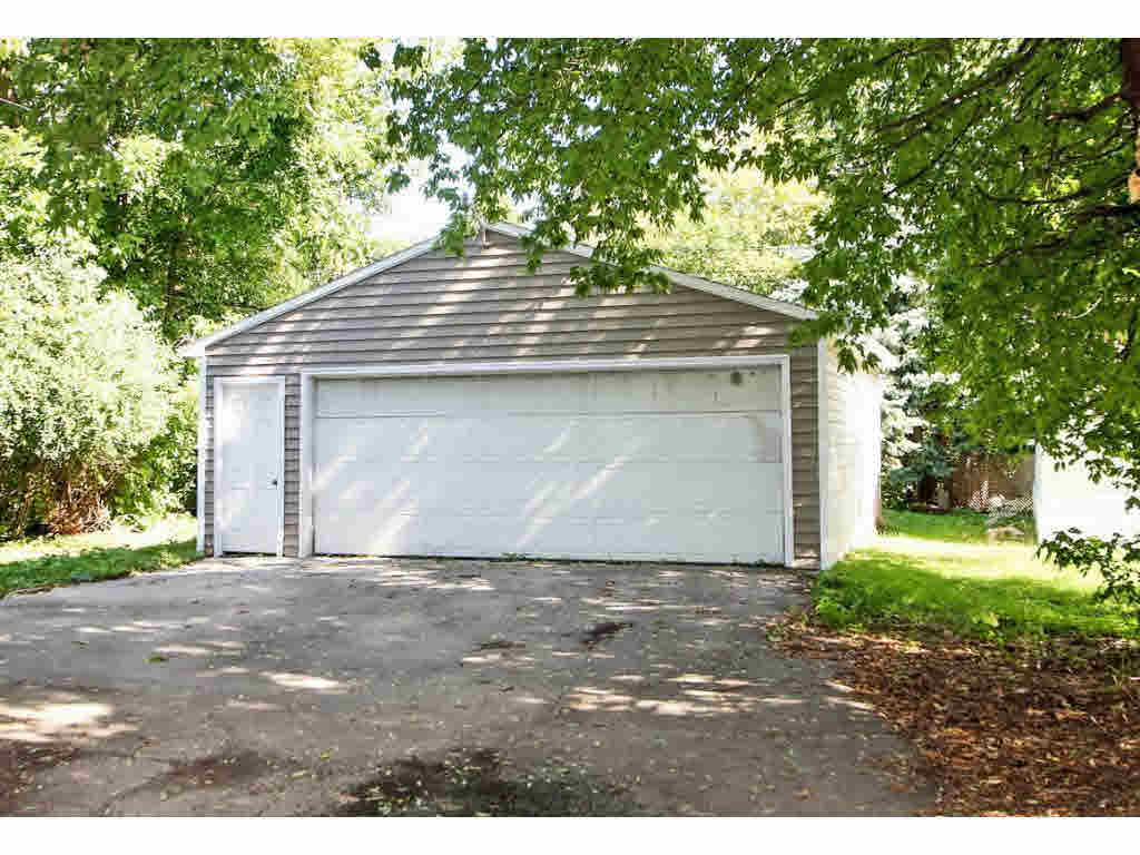 Photo of home for sale at 510 5TH ST 5TH ST, Green Bay WI