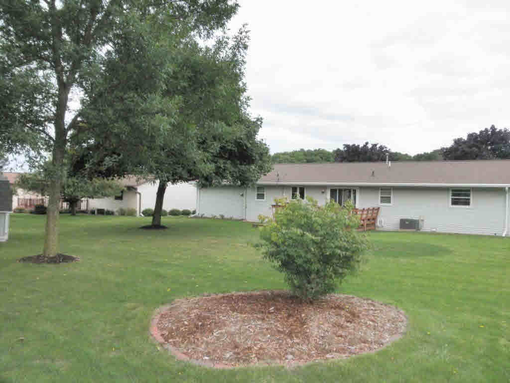 Photo of home for sale at 1313 SUN TERR SUN TERR, Luxemburg WI
