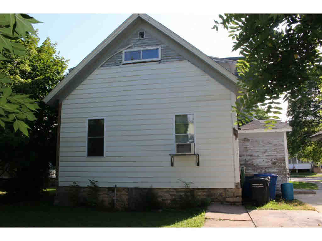 Photo of home for sale at 723 FREDERICK Street FREDERICK, Oshkosh WI