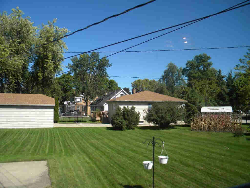 Photo of home for sale at 595 E DIVISION ST DIVISION ST E, Fond Du Lac WI