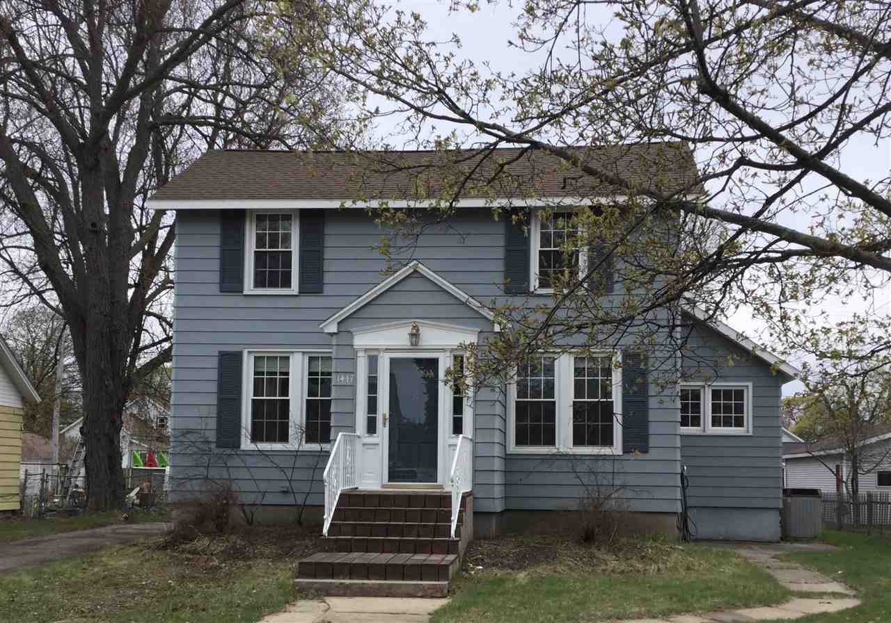 View Single-Family Home For Sale at 1447 NEWBERRY AVENUE, MARINETTE, WI