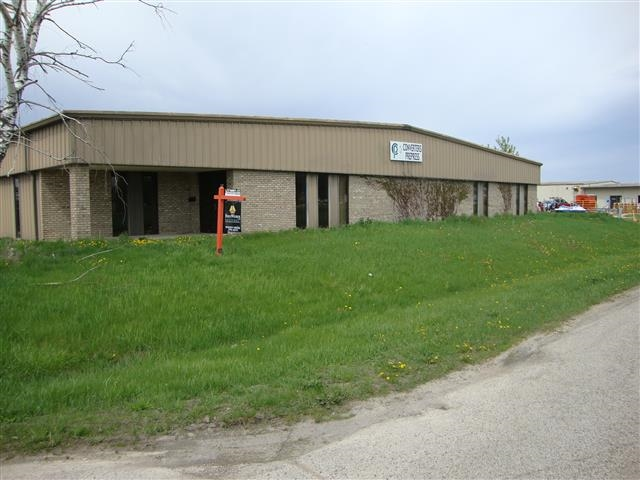 200-224 Commercial Dr, Columbus, WI 53925