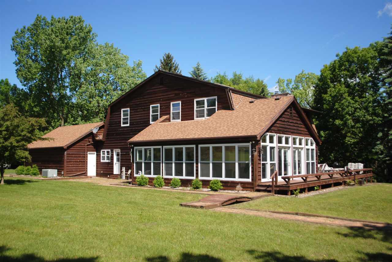 N4648 Wildwood Lane, Green Lake, WI 54941