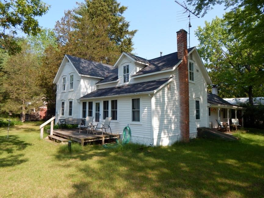 W7043 Cree Dr, Marion, WI 54982