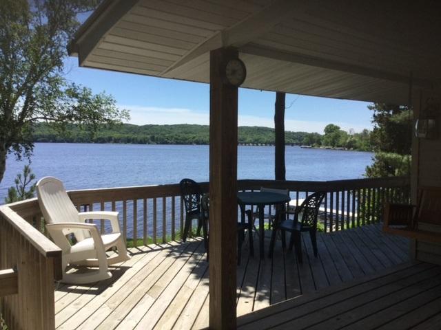 461 River St, Merrimac, WI 53561