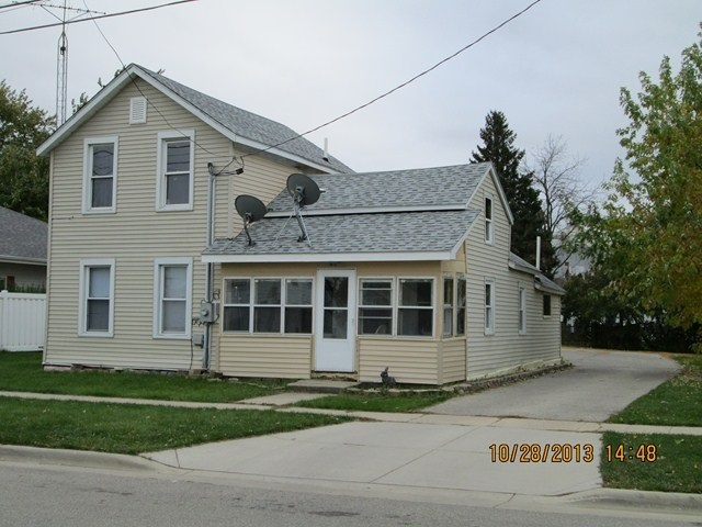 203 CROSS ST, Clinton, WI 53525