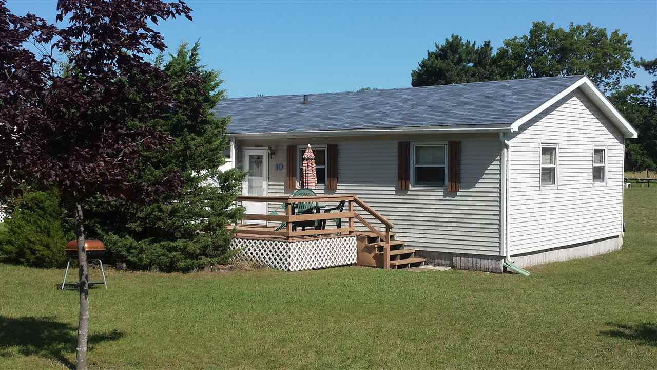 W983 W North Shore Dr, Mecan, WI 53949