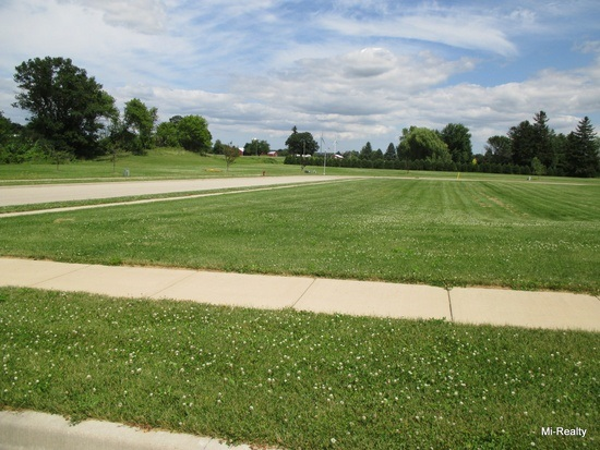 834 Evergreen Dr, Brownsville, WI 53006