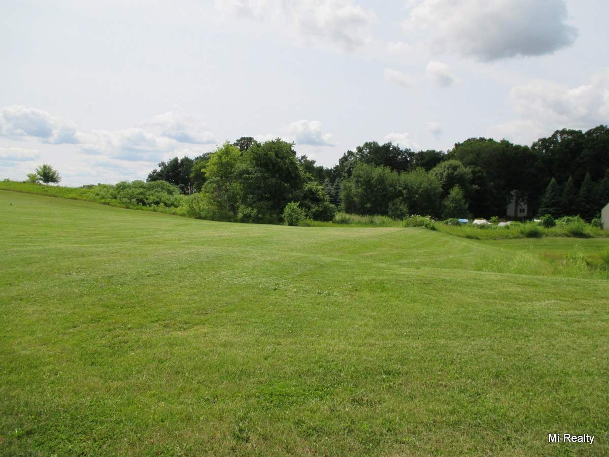 715 Evergreen Dr, Brownsville, WI 53006