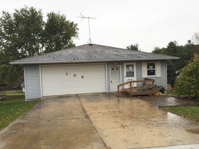 This freshly updated 3 bedroom house has a lot to offer. It not only boasts an open floor plan, but it also has a finished basement.  New carpet and paint, along with large yard and ample storage area are just a few of the many perks.     First time buyers, complete HomePath Ready Buyer course for up to 3% closing cost assistance. Restrictions apply.