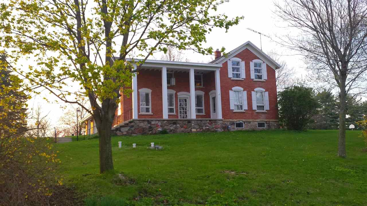 W791 Armstrong Rd, Osceola, WI 53010