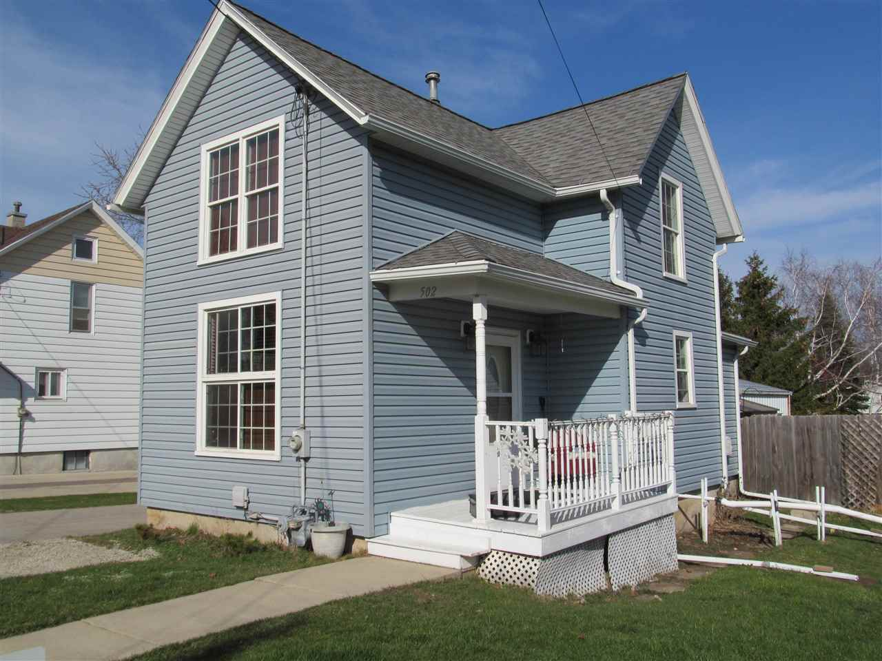 502 Grove St, Mayville, WI 53050