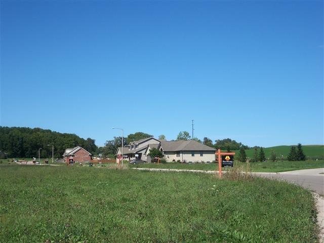 L21 Clover Ln, Footville, WI 53537