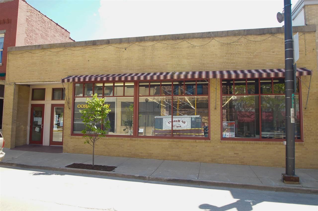 149 N Iowa St, Dodgeville, WI 53533