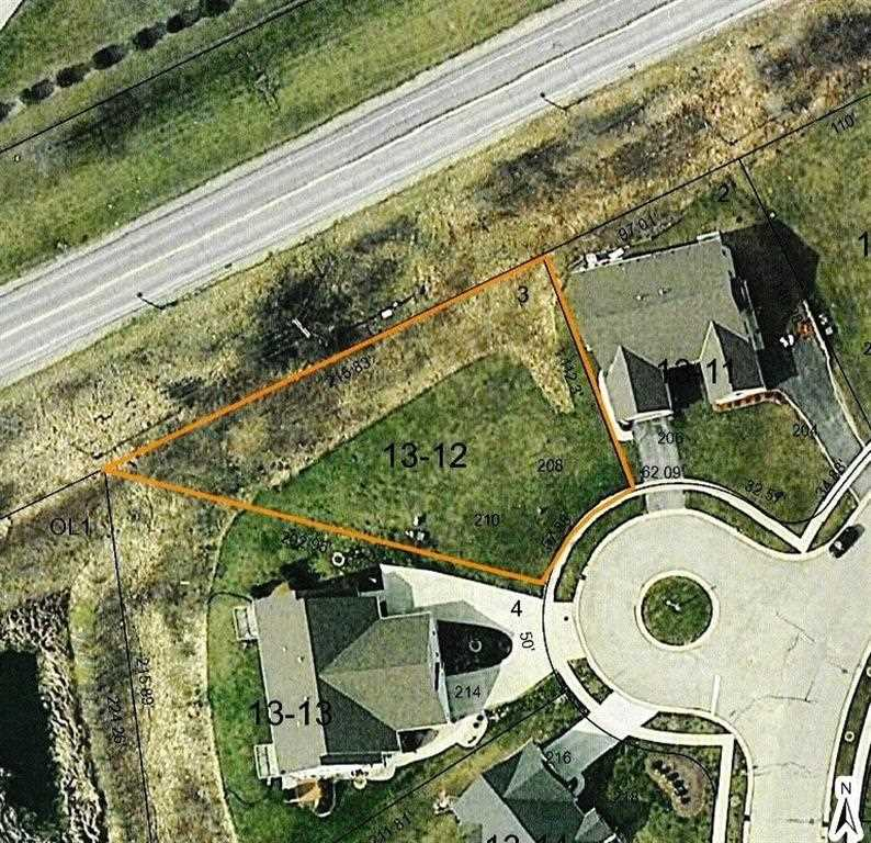 208 & 210 Stonefield Dr, Johnson Creek, WI 53038