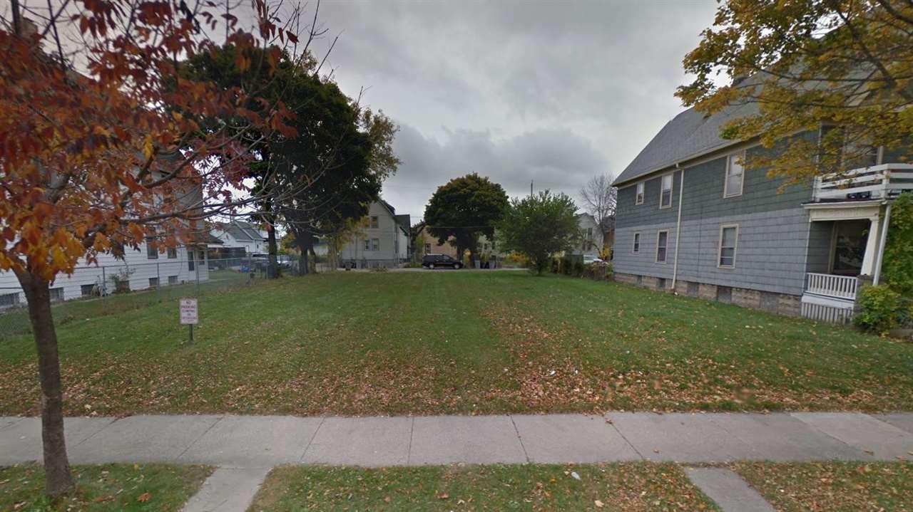 2640-2642 N 23rd st, Milwaukee, WI 53206
