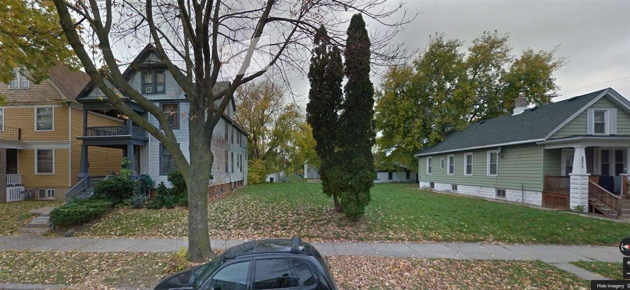 2965-2965 N 18th St, Milwaukee, WI 53206