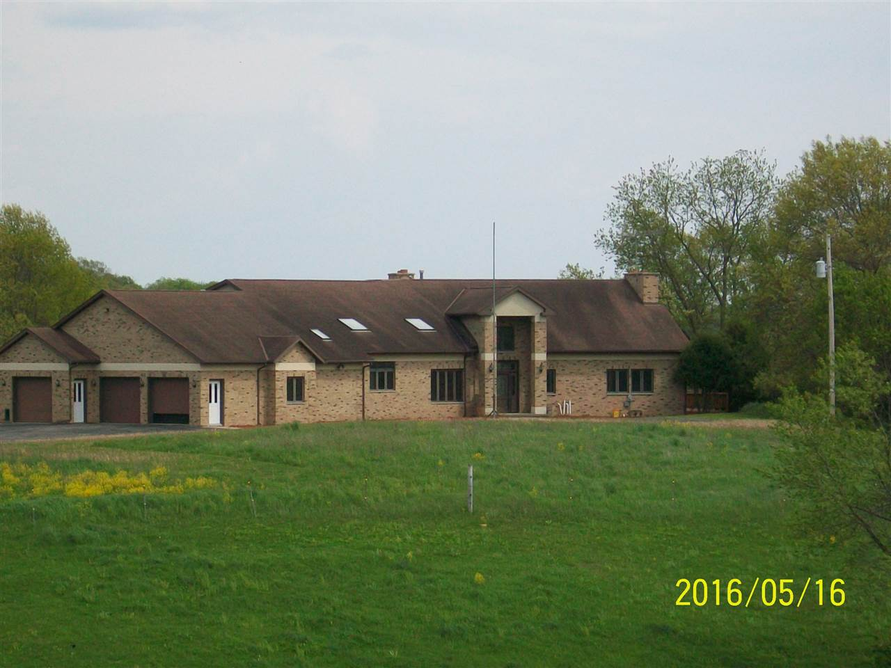 7895 Mckenna Rd, Moscow, WI 53544