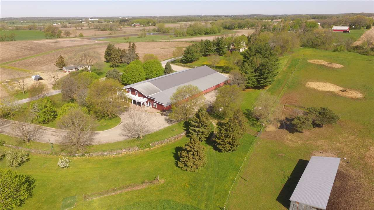 4324 SMITH DR, Deerfield, WI 53531