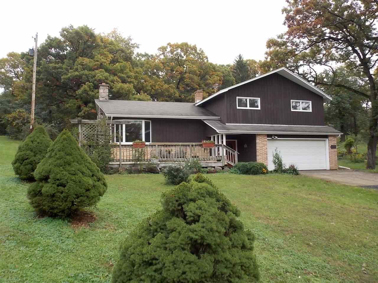2836 Pleasant View Heights Rd, Pleasant Springs, WI 53527
