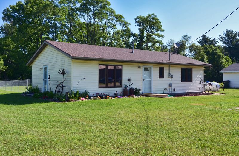 S12718 COUNTY LINE RD, Spring Green, WI 53556