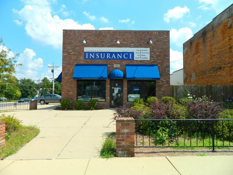 1002 1ST CENTER AVE, Brodhead, WI 53520