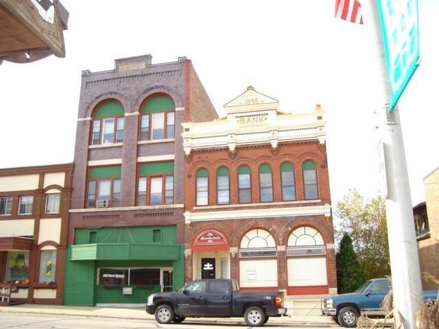 315 S Main St, Blanchardville, WI 53516