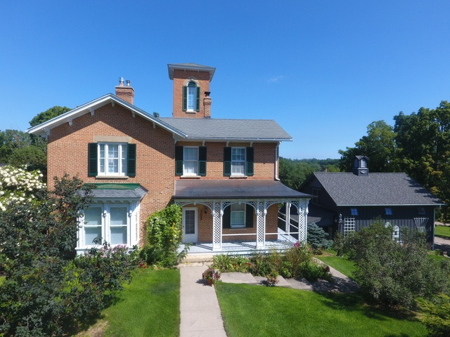 309 Front St, Mineral Point, WI 53565