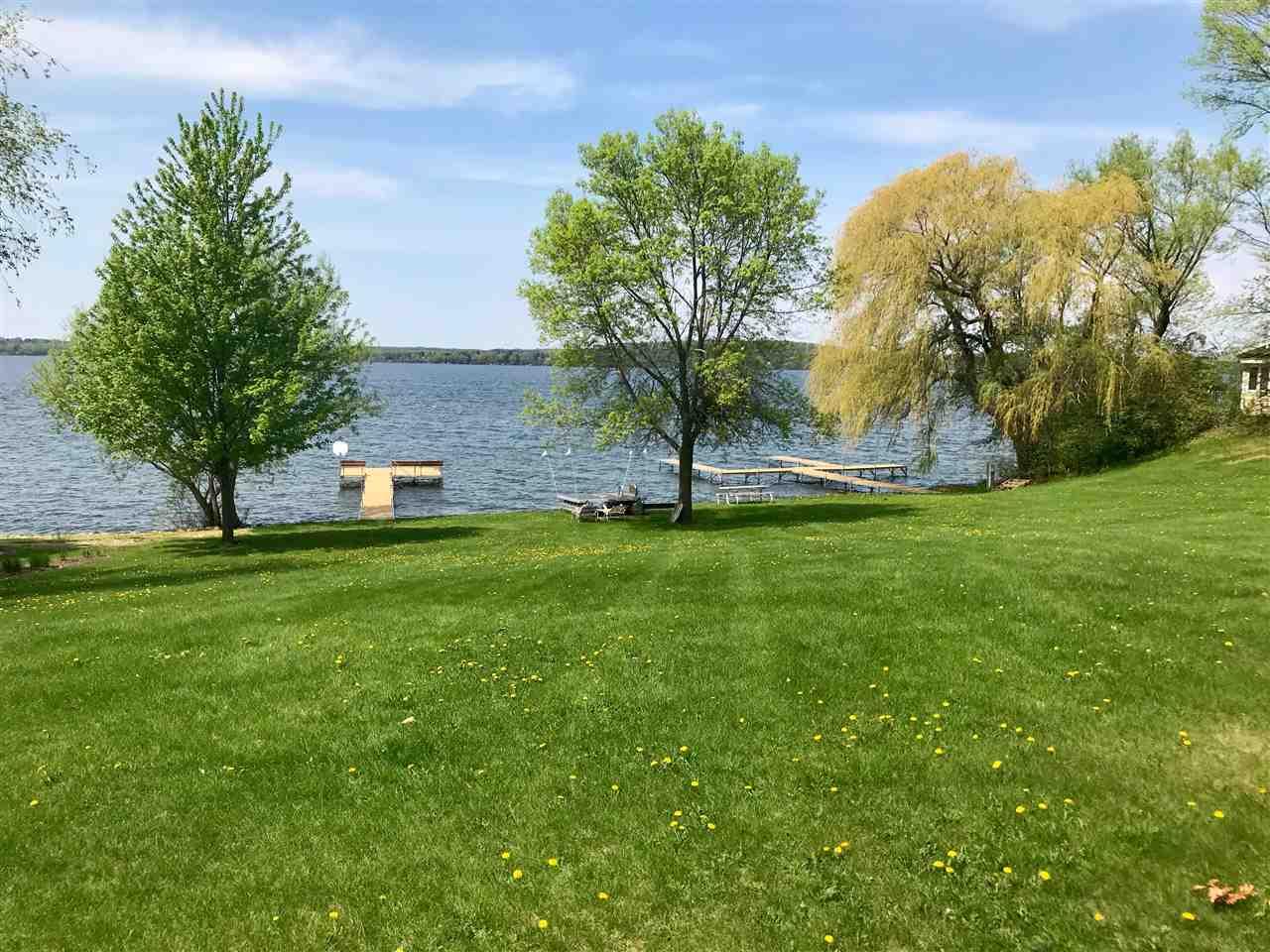 W2840 Wick Rd, Green Lake, WI 53968