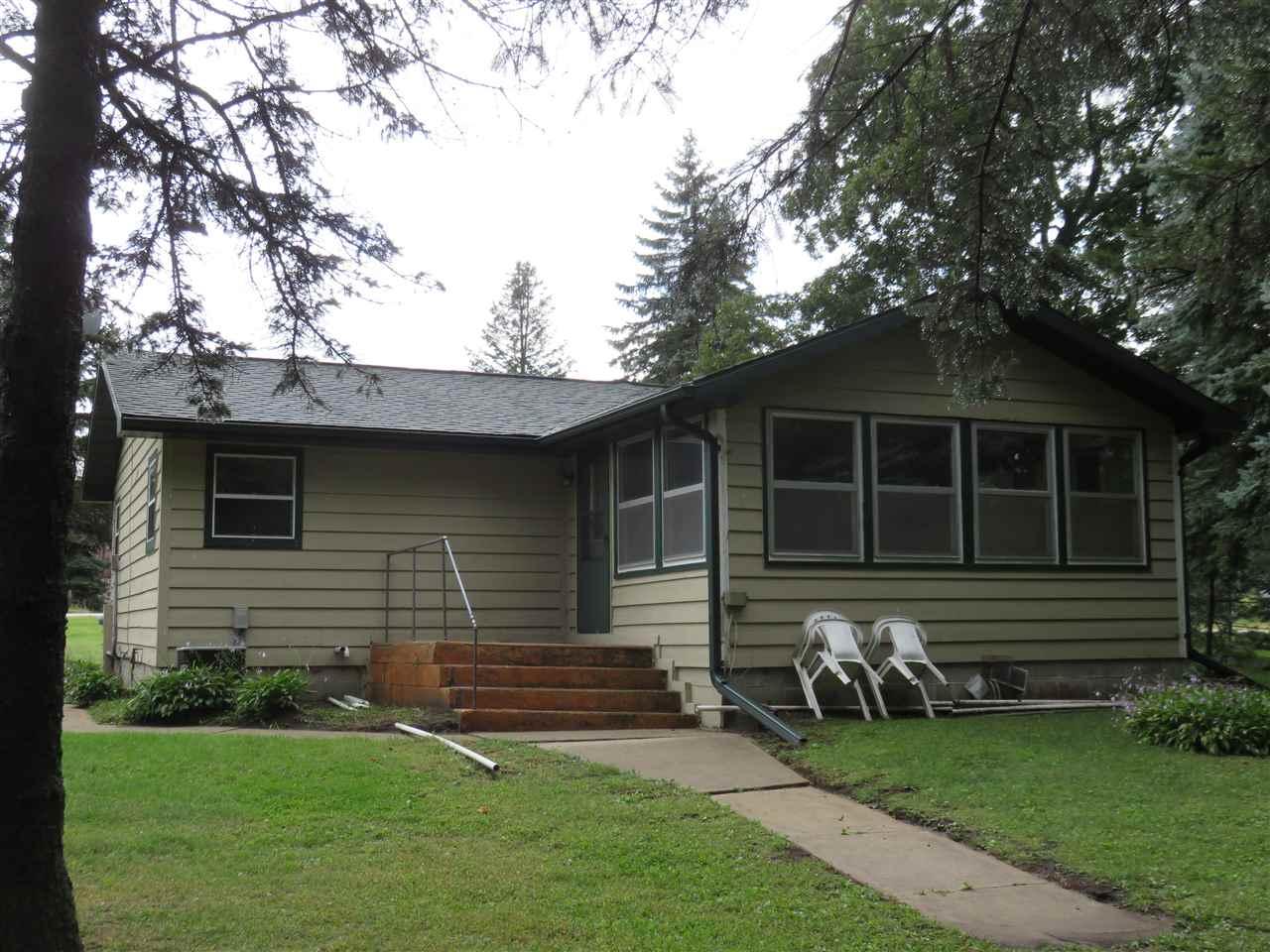 W6674 Puckaway Rd, Marquette, WI 53946