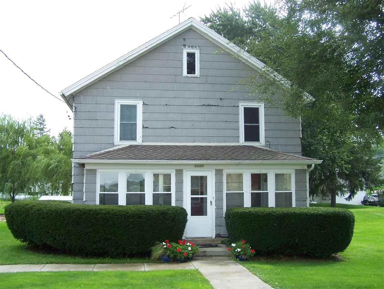N4080 Bruce St, Doylestown, WI 53928