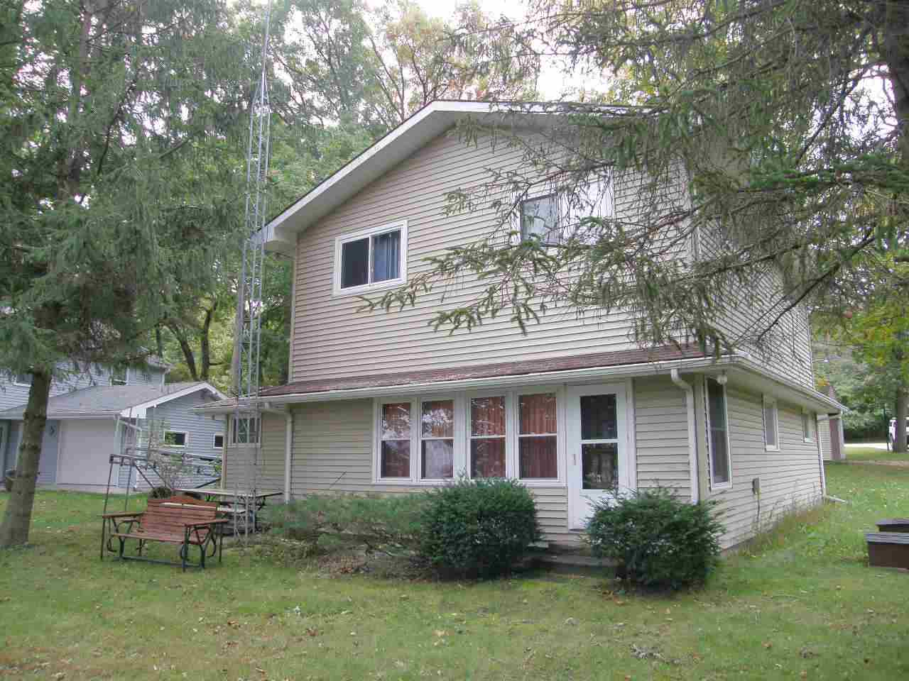 W6458 LAKEVIEW DR N, Marquette, WI 53946