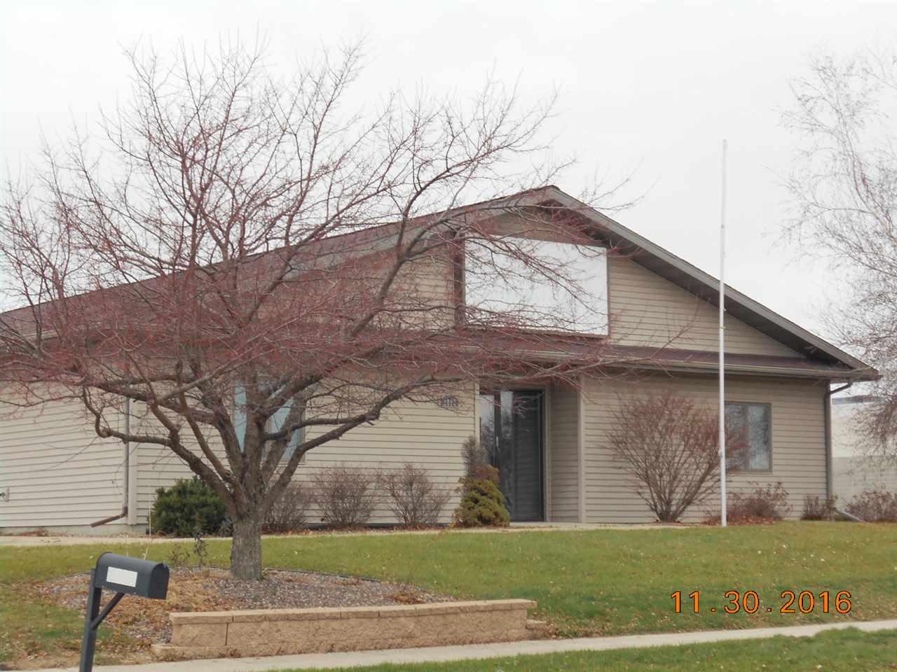 2888 Village Rd, Portage, WI 53901
