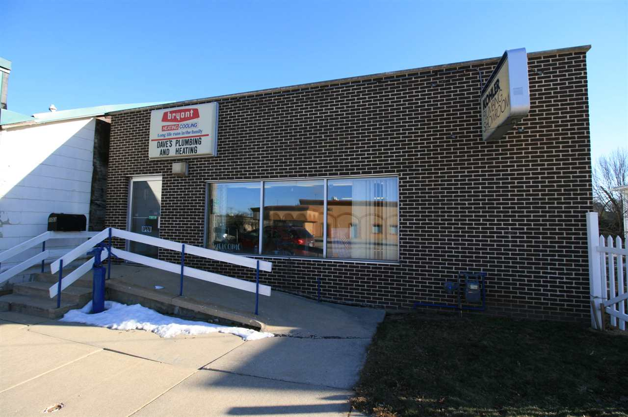 103 S Hubbard St, Horicon, WI 53932