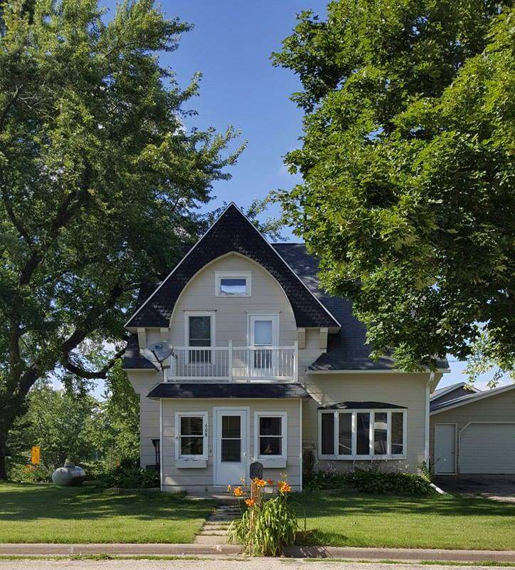 608 GROVER ST, Hollandale, WI 53544