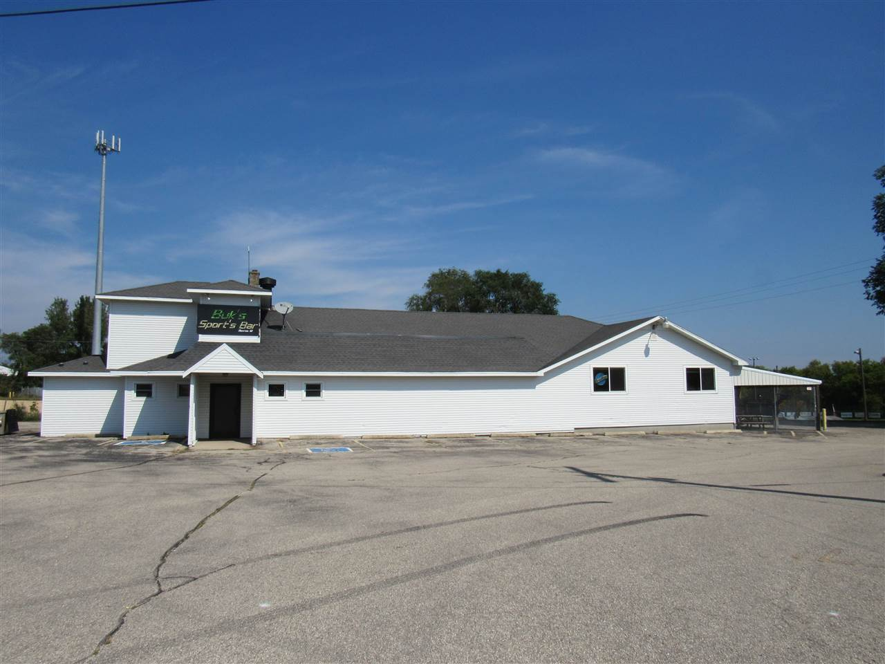 W5222 County Road KK, Monroe, WI 53566